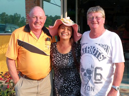 (L-R) Capt Bob, Noodle Russell and Wayne Cotterell.