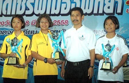 Group C podium finishers: Poorin Saisud, Piyawadee Krusri and Chonchaya Joonthonglang.