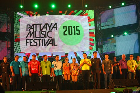 Mayor Itthiphol Kunplome, Rewat Phonlookin, Toranin Kiathichai and honored officials and guests take to the stage to officially open the 14th annual Pattaya Music Festival.