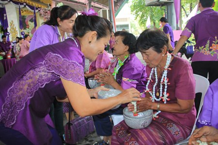 Songkran activities included merit making ceremonies in Naklua near the Lan Pho Park area.