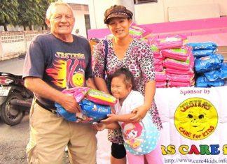 SLWF Bernie donating rice