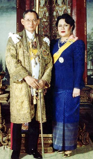 His Majesty King Bhumibol Adulyadej the Great and Her Majesty Queen Sirikit celebrate Their 65th wedding anniversary on Tuesday, April 28. (Photo courtesy of the Bureau of the Royal Household)