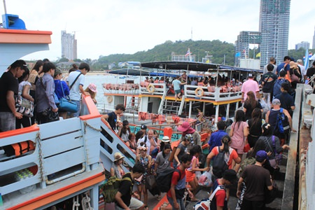 Ferries to Koh Larn were doing brisk business over the long Songkran week.