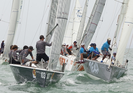 Close racing epitomises the Coronation Cup with top international and Thai crews competing for the prestigious trophy. (Photo/Guy Nowell/Top of the Gulf Regatta)
