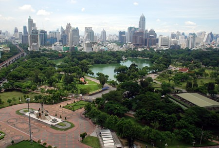 An aerial view shows Bangkok's Lumpini Park with the Central Business District in the background. Condo prices in the city centre are rising rapidly but are mainly restricted to new builds. (Photo: Wikipedia Commons/Terence Ong)