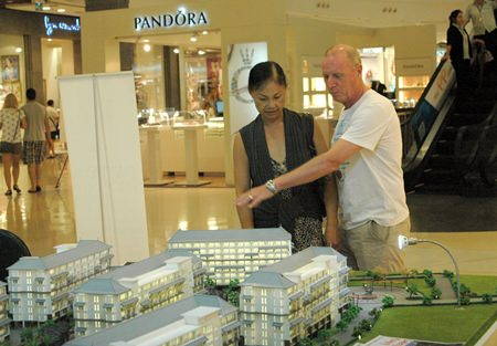 The third Pattaya Property Show took place at the Central Pattaya Beach shopping mall from the 6-10 of May.