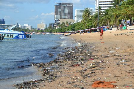 Signs of polluted effluent have been seen at the southern end of Pattaya Beach near Walking Street.