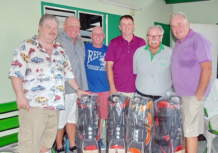 The winning team, Alan Duffs, Colin Simpson, Phil Laurie and Kevin Macintosh with Gary Rogers (left) and Dave Richardson (2nd right).