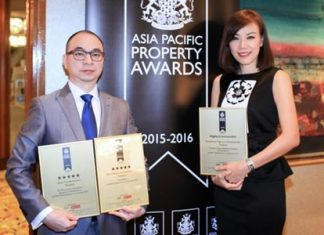 PACE representatives Songphon Chaovanayothin, Senior Executive Vice President (left), and Narumon Juthaprateep, Head of Public Relations and Corporate Communications (right), received the awards in Kuala Lumpur, Malaysia.