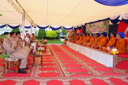 The Royal Thai Navy's Department of Construction and Development marked its 25th anniversary by inviting ten monks from Sattahip and Chong Temples to chant, pray and bless the department and its staff for good fortune in the future.