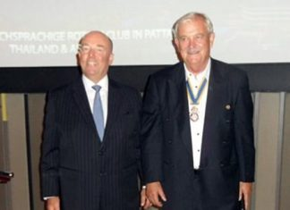 H.E. Rolf Schulze (left) is introduced by RC Phoenix president, Hubert Meier.