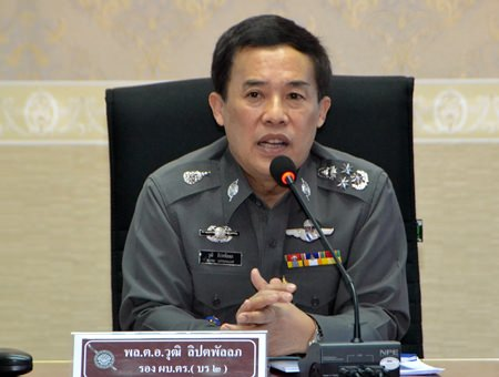 Deputy Commissioner-General Pol. Gen. Wuthi Liptapanlop visited Pattaya to get an update on transnational crime-prevention efforts.