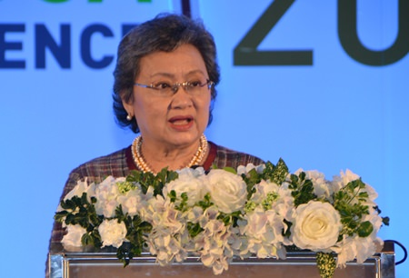 Deputy Commerce Minister Apiradee Thantharaporn provides an opening speech for the World Tapioca Conference.