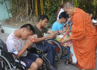 An early start to present food to the monks.