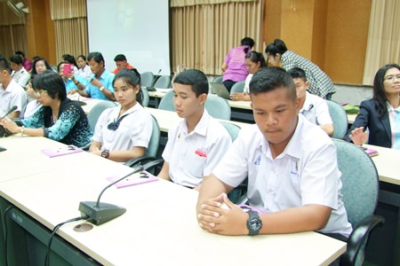 This workshop gave groups an opportunity to understand rules and duties outlined in the National Child and Youth Development Promotion Act of 2007.