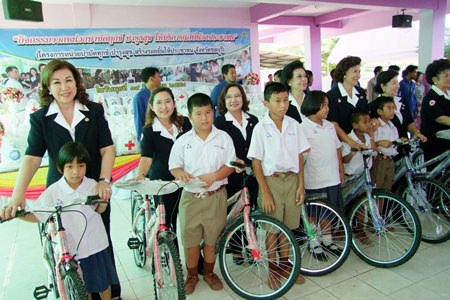 Donating bicycles to those who could use them best was part of Chonburi's project to make life easier for its less fortunate residents.