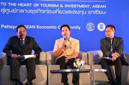 (L to R) Anan Chuchote – Deputy Permanent Secretary of the Ministry of Culture; Mayor Itthiphol Kunplome; and Associate Professor Therdchai Chuaybamrung – Dean of Tourism Management of NIDA and President of the TAT Academician Association, talk about strategies that could cement Pattaya's integration into the AEC.