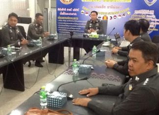 Pol. Maj. Gen. Naiyawat Phadermchit, Region 2 inspection commissioner in the Office of the Inspector-General, found no improprieties at the Chonburi Immigration Office.