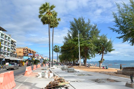 The Jomtien Beach beautification project is about 20% complete, and whilst contractors confirmed that some large trees are being removed, they asked for patience as palm trees will be planted in the near future.