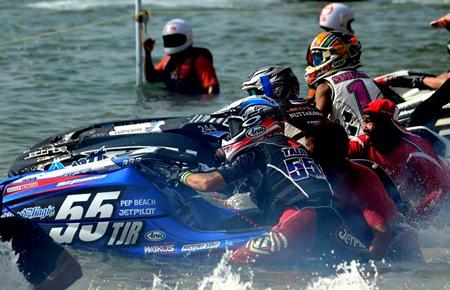 Enjoy the thrills and spills of world class jet-ski racing at Jomtien Beach in Pattaya from December 3-6.