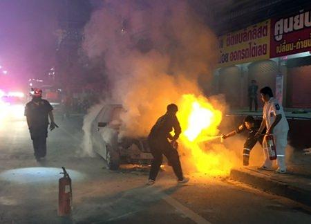 No one was hurt when Wasa Lucksameekarn's LPG-powered Mercedes-Benz went up in flames on Sukhumvit Road.