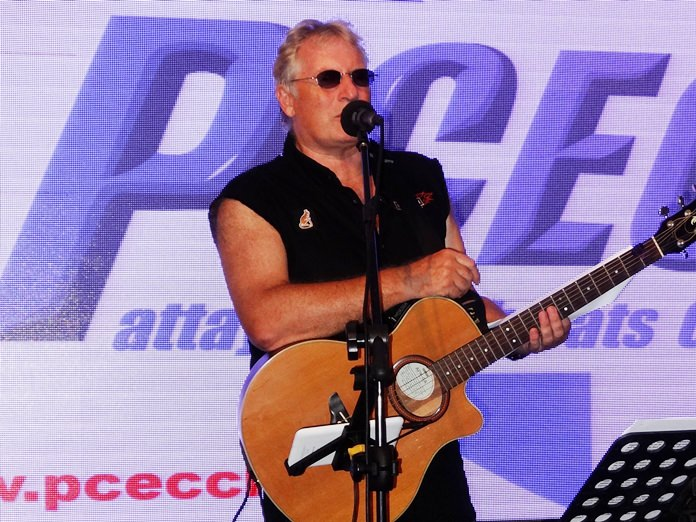 Well known Pattaya Musician and DJ Barry Upton entertained the PCEC with some of his new songs and provided some tidbits about the music industry.