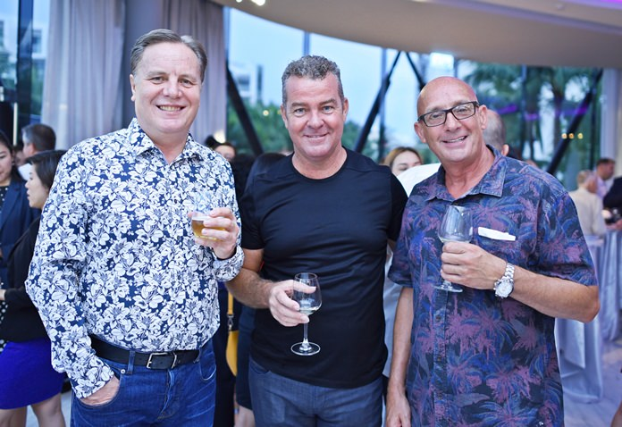 (L to R) Simon Matthews, country manager at Manpower, Anthony Kelly from Red Mountain Co., Ltd., and Ray Harrison from Burnley Developments.
