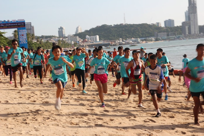 More than 2,500 people laced up their trainers as the YWCA Bangkok-Pattaya Center hosted its annual charity walk-run, raising over half a million baht for charity.