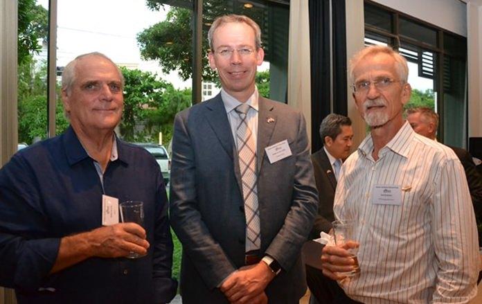 (L to R) Willem De Vries from NTCC, Sander Van Der Linden, and Hans Bodewes.