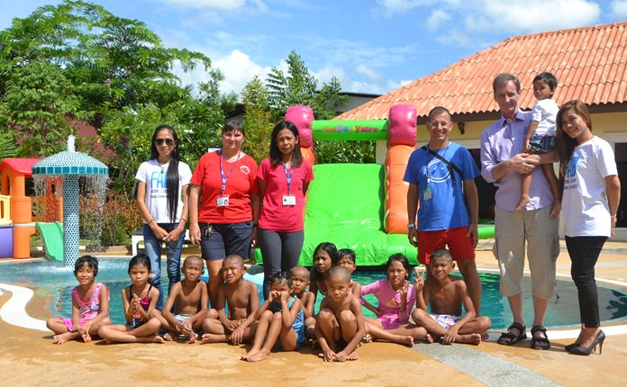 Fabulous 103Fm joined with the staff at Mediterranean Garden Resort in Pong and Nick the Pizza to throw Take Care Kids their very own pool party.