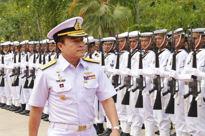 Unit commander Vice Adm. Rattana Wongsaroj inspects the troops during the Navy Commando Unit's 61st anniversary celebration.