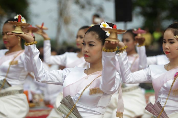Cambodian dancers perform during the ceremony to pray for the missing Buddha statues. (AP Photo/Heng Sinith)