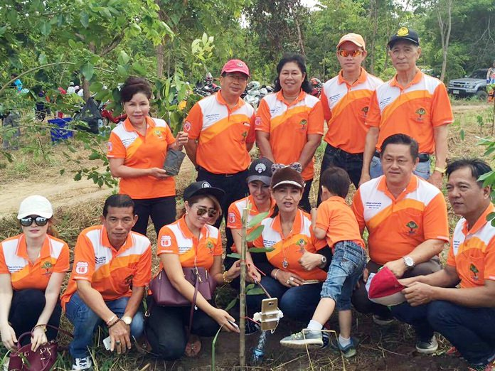 Government officials from three municipalities, Lions Club members, cyclists and students came together to plant 2,000 seedlings to replenish a Pong Sub-district national forest reserve that had been exploited by developers for 30 years. (Photo: Lions Club Naklua)