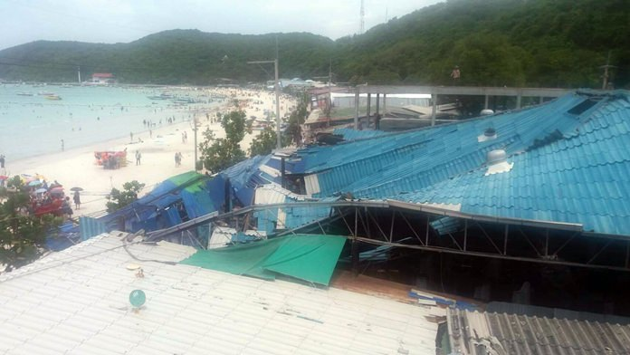 Two people suffered minor injuries when the roof of the 400-sq.-meter Fu Long restaurant on Koh Larn collapsed.
