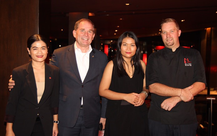 (L to R) Massiri Shute (Food and Beverage Manager, Amari Pattaya), Robert Rijnders (Senior Vice President of ONYX Hospitality Group and Area General Manager of Pattaya), Ussanee Seesod (S.C. Bangkok Marketing Co., Ltd.) and Chef Shaun Venter (Executive Chef, Amari Pattaya).