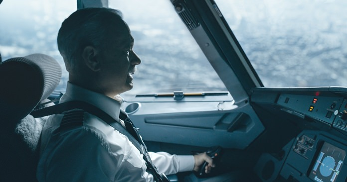"""This image shows Tom Hanks in a scene from """"Sully.""""  (Warner Bros. Pictures via AP)"""