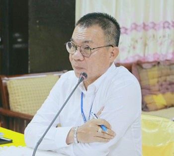 City Manager Wuthipol Charoenpol chairs a recent meeting to re-establish the School Information System Advance. (Photo: PPRD)