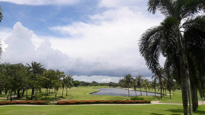 Khao Kheow Golf & Country Club.