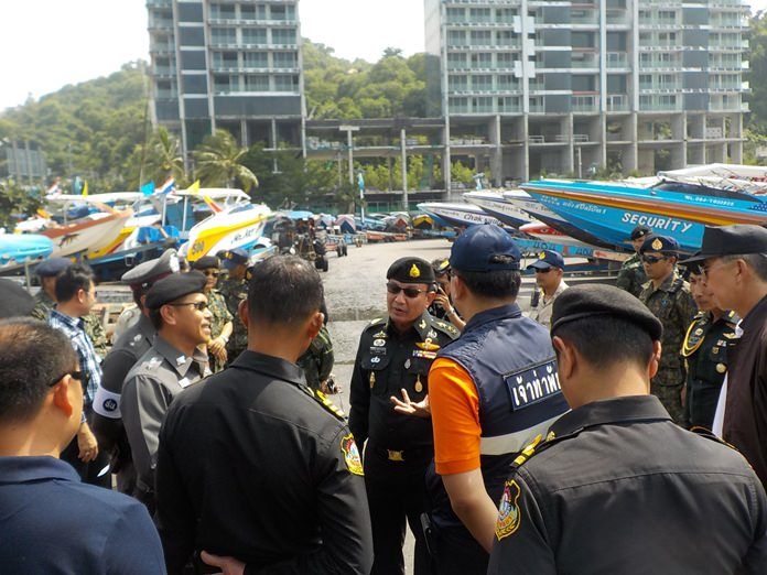 Col. Popanan Luangpanuwat, deputy commander of the Military Circle 14, led a team of NCPO members and military on a recent visit to Bali Hai Pier and Koh Larn following complaints of a lack of parking space due to boats taking up vehicle spaces in public areas.