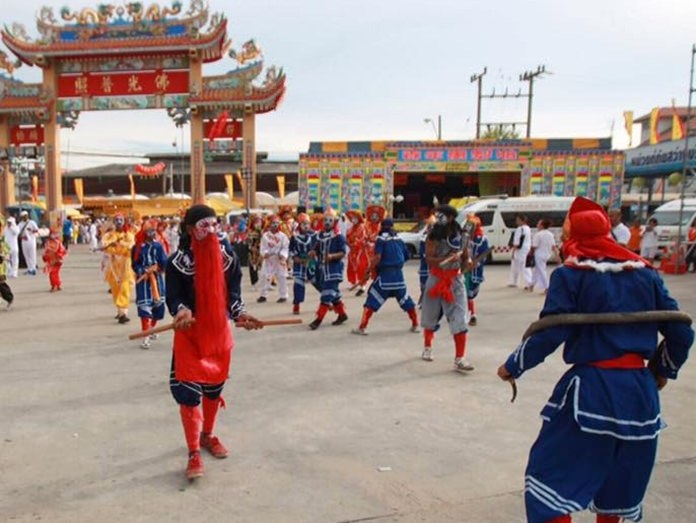 The Eng Kor troupe from the north is an annual highlight of the festival here.