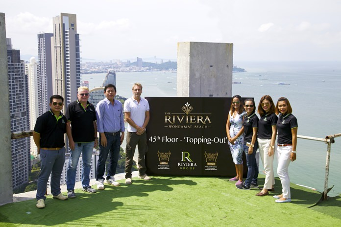 A ceremony took place on Oct. 3 to mark the topping out of the Riviera Wongamat Beach project.