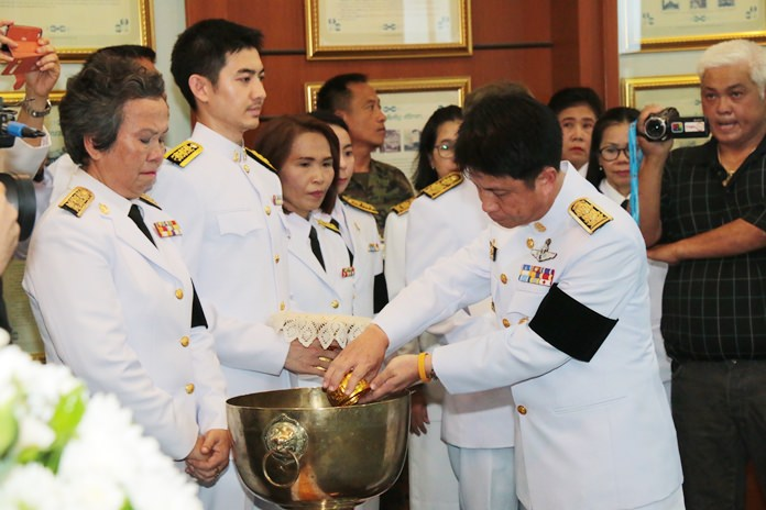 Chonburi Governor Pakarathorn Thienchai presides over the ceremony mirroring the Royal Bathing Rite.