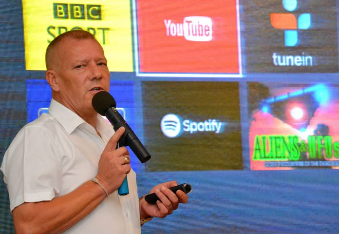 Stephen Saunders introduces his PCEC audience to Internet Protocol TV which is available for Pattaya's Expats.