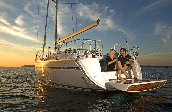 1215s15-yacht1