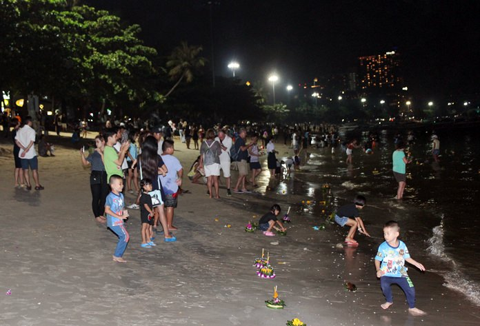 Pattaya Beach wasn't as crowded as it has been in previous years, but it wasn't empty, either.