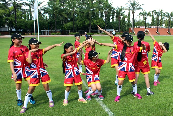 British Vietnamese International School Hanoi girls Tee-Ball squad strike a pose.