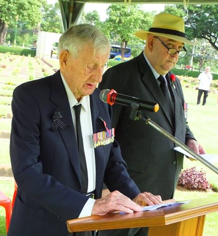 Archie Dunlop reads the Act of Remembrance.