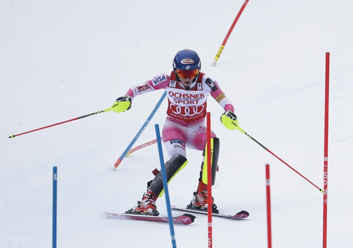 Mikaela Shiffrin, of the United States, takes her second run on the way to winning the women's FIS Alpine Skiing World Cup slalom race, Sunday, Nov. 27, in Killington, Vt. (AP Photo/Mike Groll)