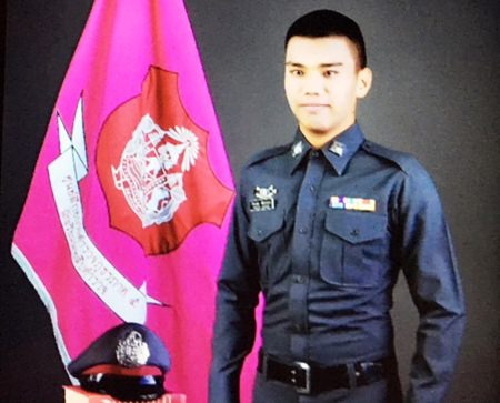 Police Lance Corporal Sirayuth Noiarun was killed in a shoot-out with drug traffickers in Mae Taeng, the 23 year old was a native of Chiang Mai.