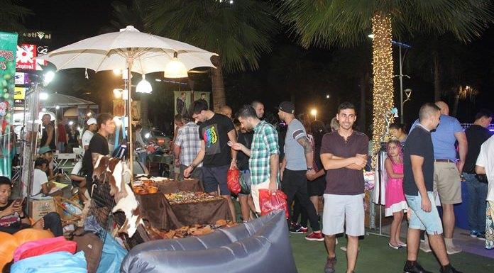 Food stalls aplenty at Central Festival Pattaya Beach.